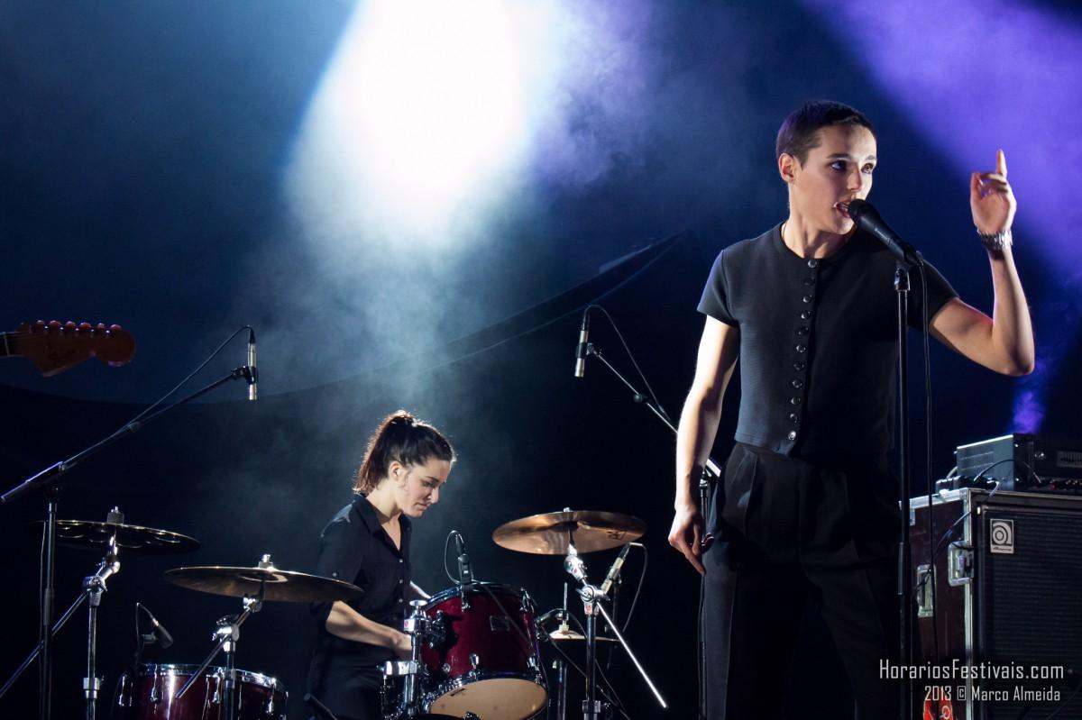 Savages em concerto surpresa no Lux a 8 de Outubro