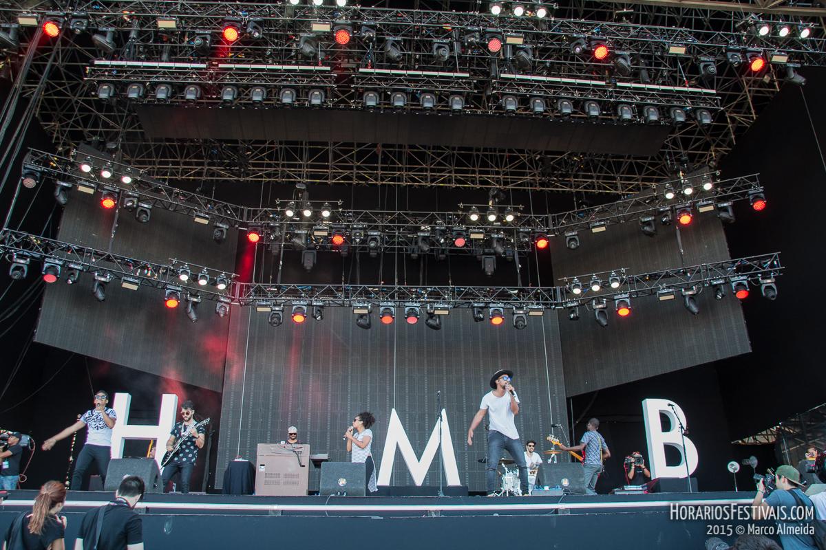 Vê todas as fotos de HMB no NOS Alive