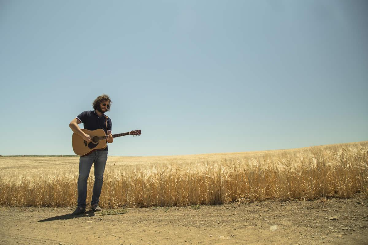 Entrevista com Benjamim: o músico que é camisola amarela