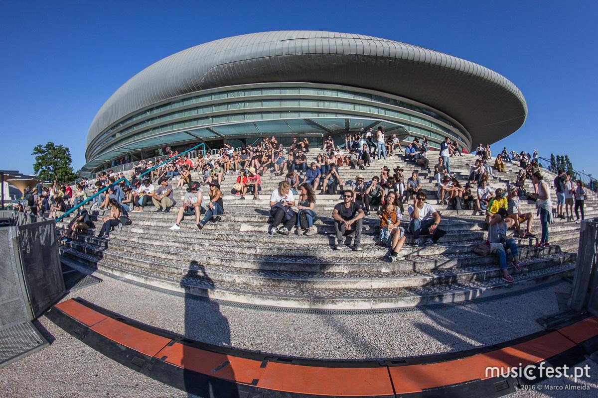 Mini maratona musical - Os palcos EDP e Antena 3 no 1º dia do festival SBSR