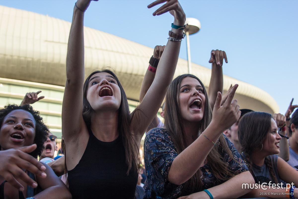 Entre o rock e as rimas  - Os palcos EDP e Antena 3, no 3º dia do festival SBSR