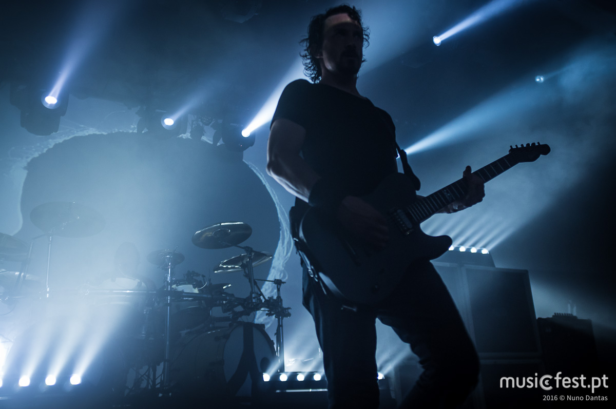 A noite das t-shirts negras - Reportagem no concerto dos Gojira no Hard Club