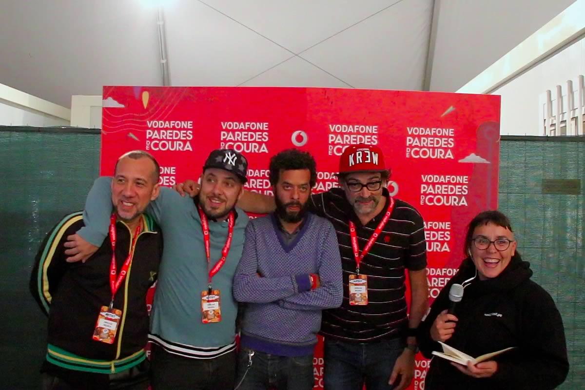 Senhoras e senhores, façam barulho para os Orelha Negra - entrevista no Vodafone Paredes de Coura