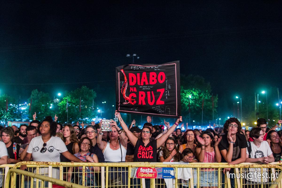 Diabo na Cruz lançam CD ao vivo a 23 de Março e anunciam Coliseus