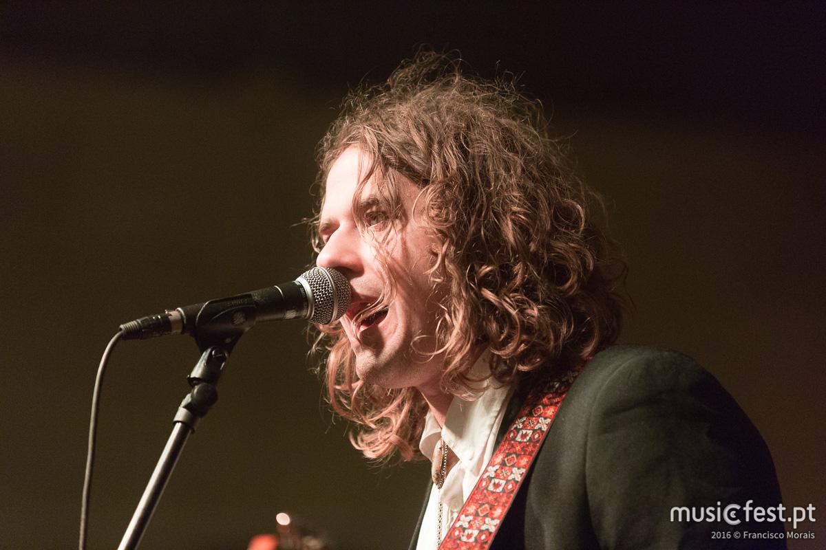Vê aqui todas as fotos de Kevin Morby no Vodafone Mexefest