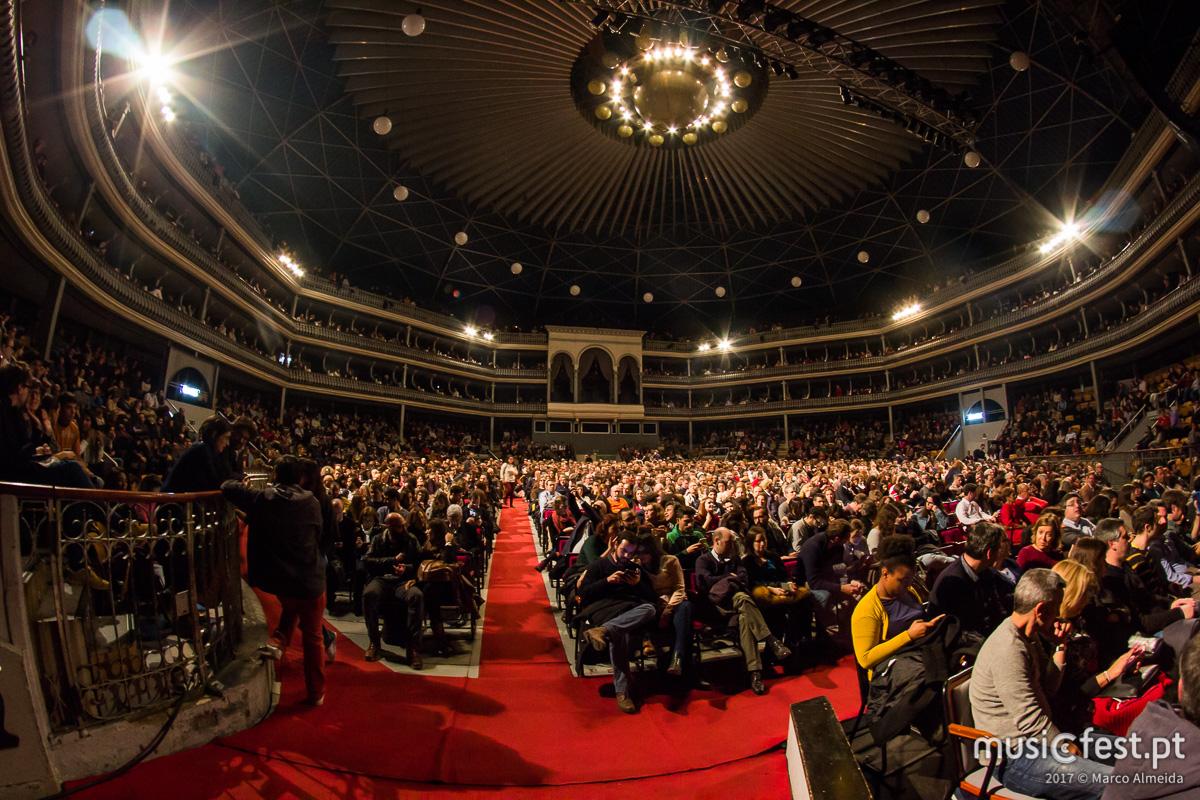 Vê aqui todas as fotos do espectáculo Deixem o Pimba em Paz no Coliseu de Lisboa