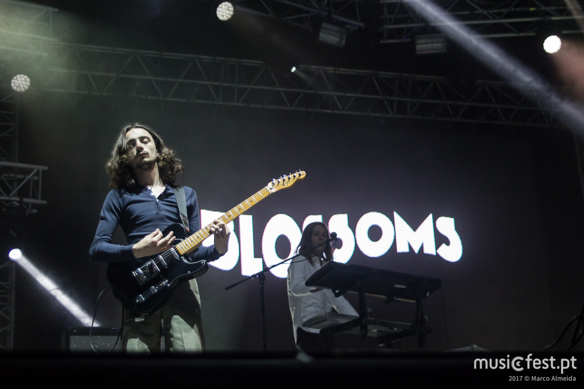 Blossoms substituem The Kooks no NOS Alive