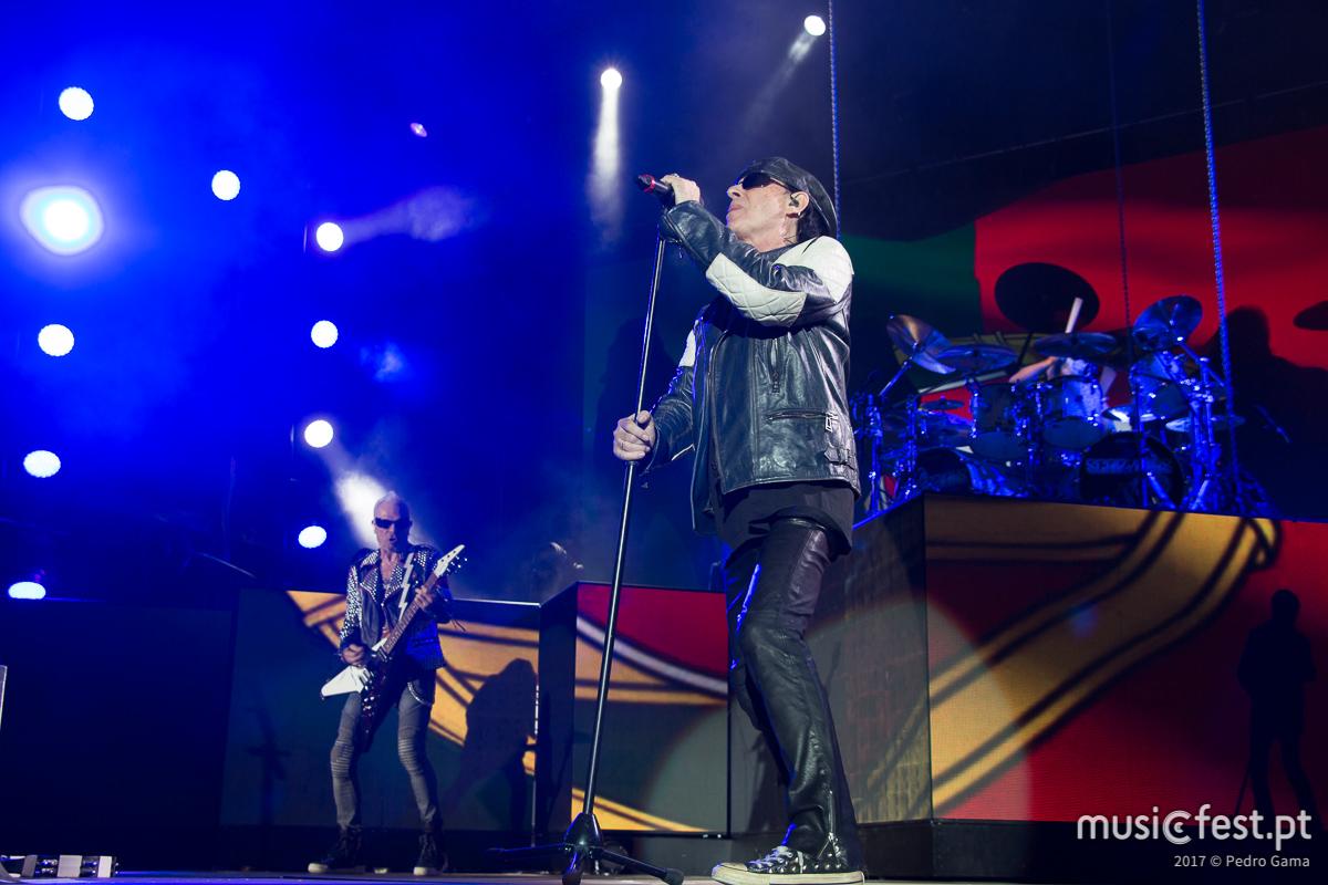 Vê aqui todas as fotos dos Scorpions no MEO Marés Vivas