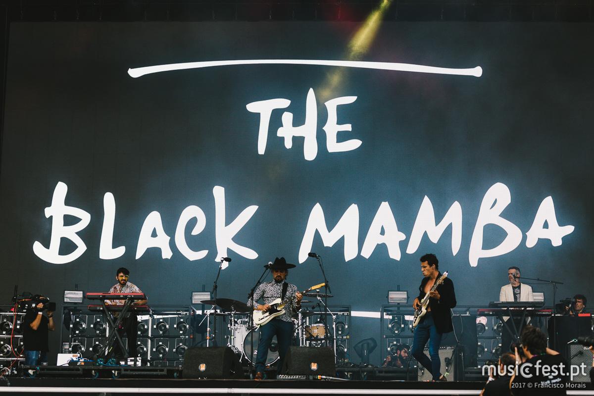 Vê aqui todas as fotos dos The Black Mamba no NOS Alive