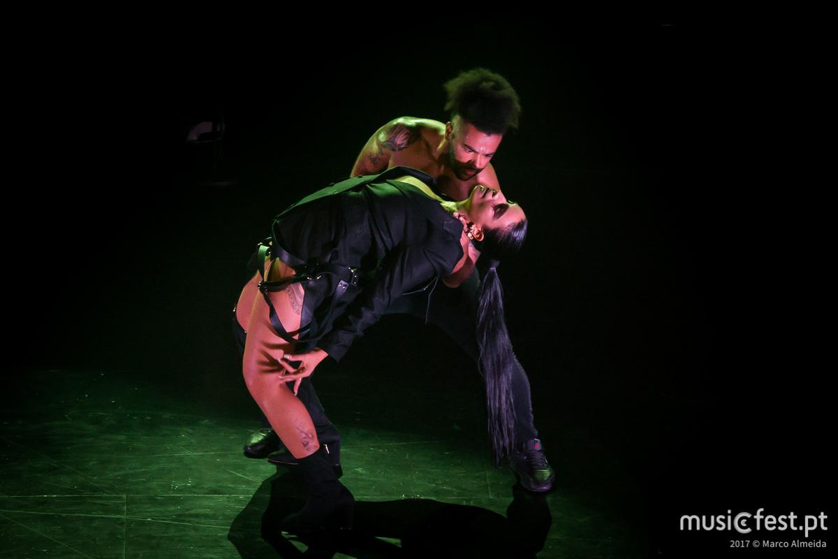 Vê aqui todas as fotos de Sevdaliza no Vodafone Mexefest