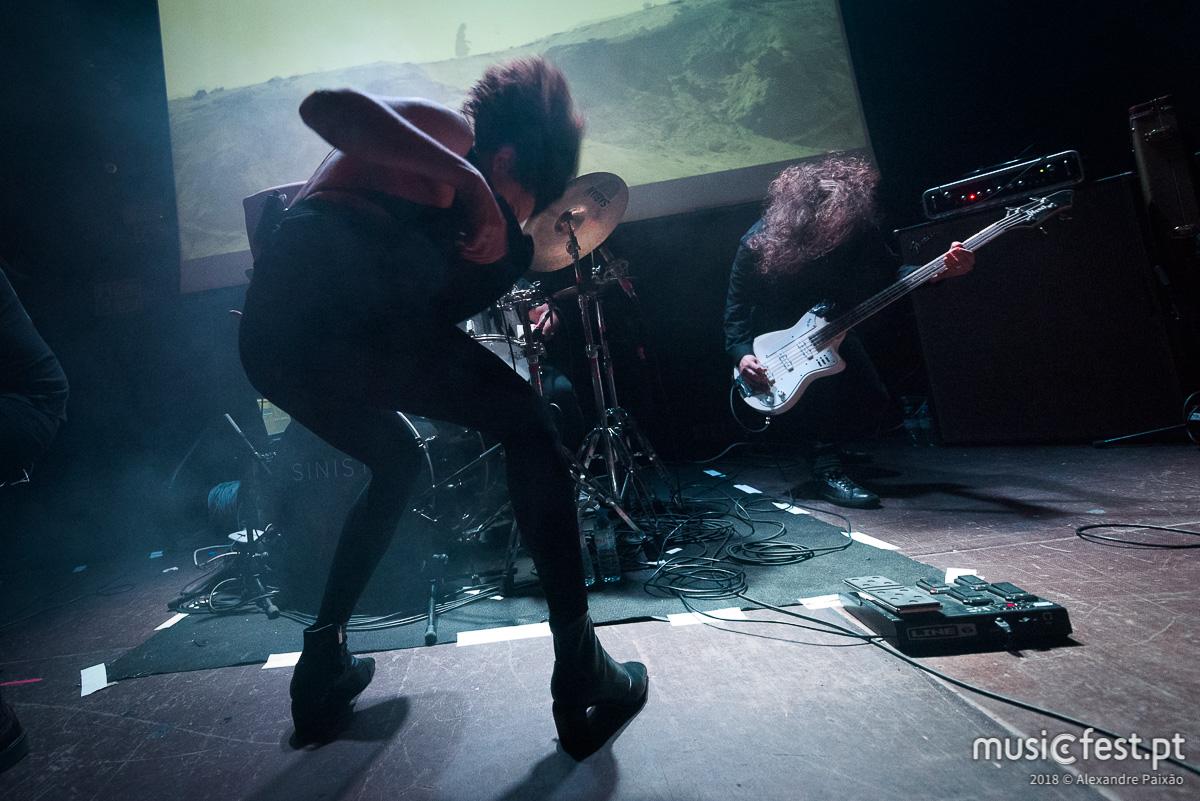 Vê aqui todas as fotos dos Sinistro no Musicbox