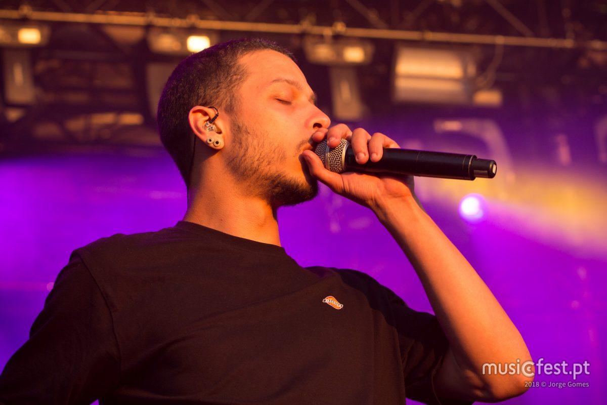Vê aqui todas as fotos de Slow J no North Music Festival