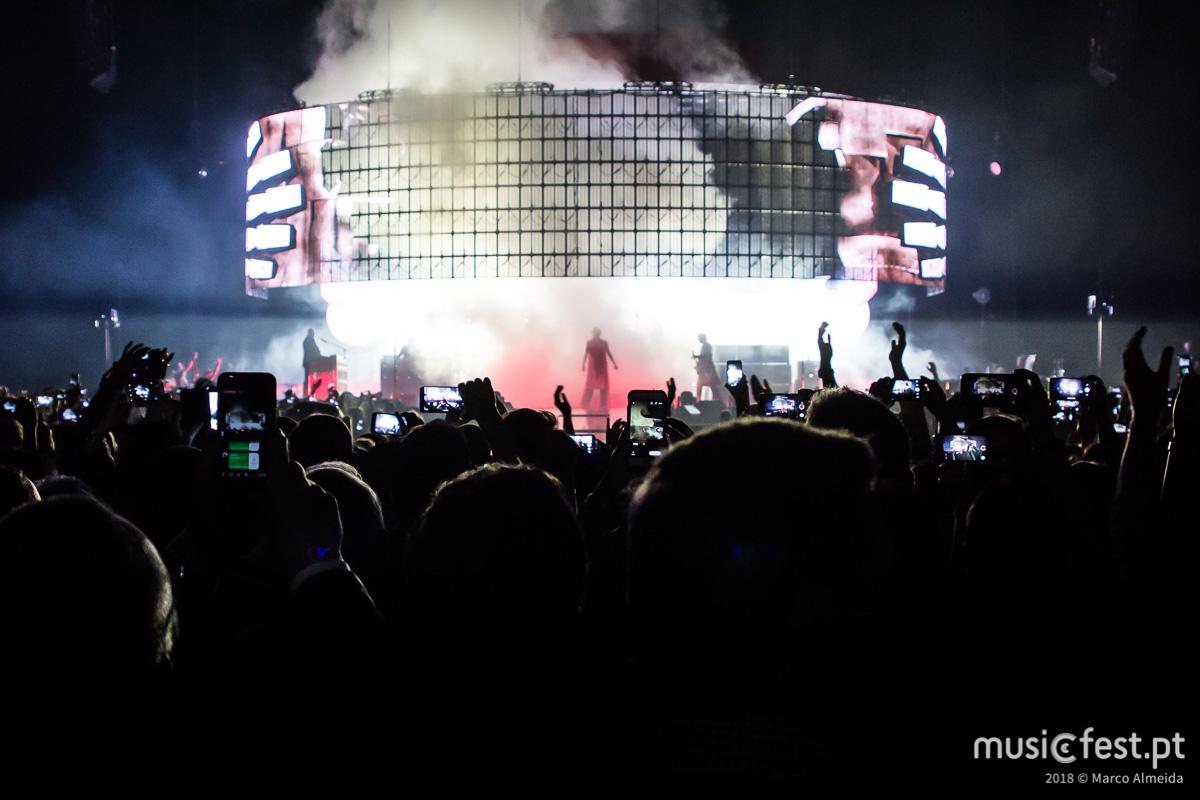 Queen + Adam Lambert = Duas horas de Jukebox na Altice Arena