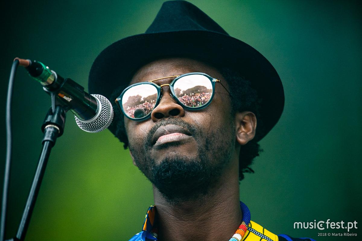 Vê aqui todas as fotos de Moh! Kouyaté no Rock in Rio Lisboa