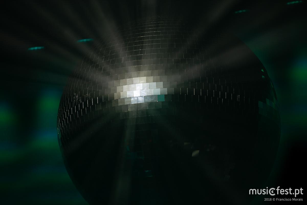 Vê aqui todas as fotos dos LCD Soundsystem no Coliseu de Lisboa