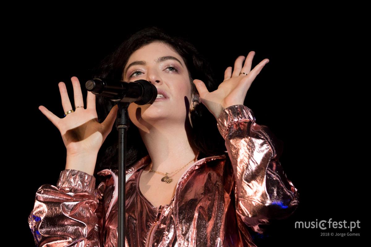 Vê aqui todas as fotos de Lorde no NOS Primavera Sound