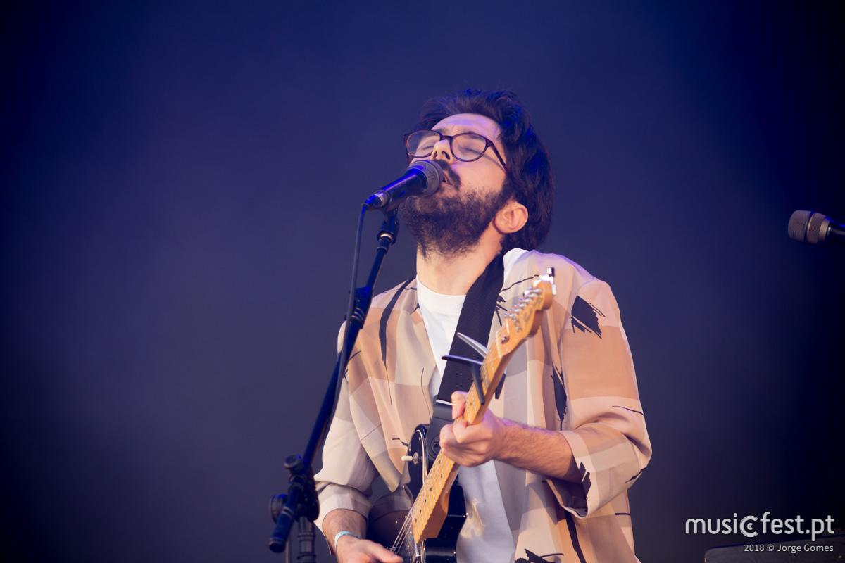 Vê aqui todas as fotos de Luís Severo no NOS Primavera Sound