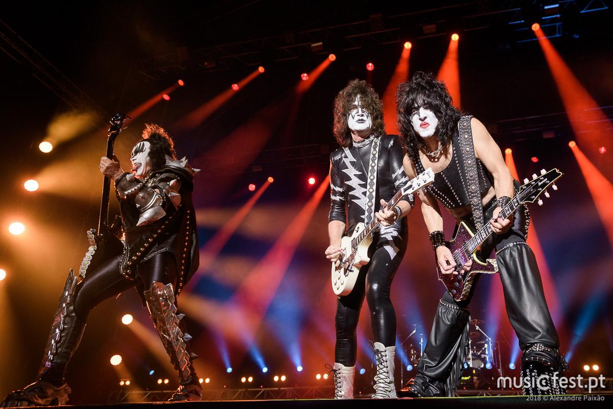 Uma noite para recordar, contar e recontar – Kiss e Megadeth no Estádio Municipal de Oeiras