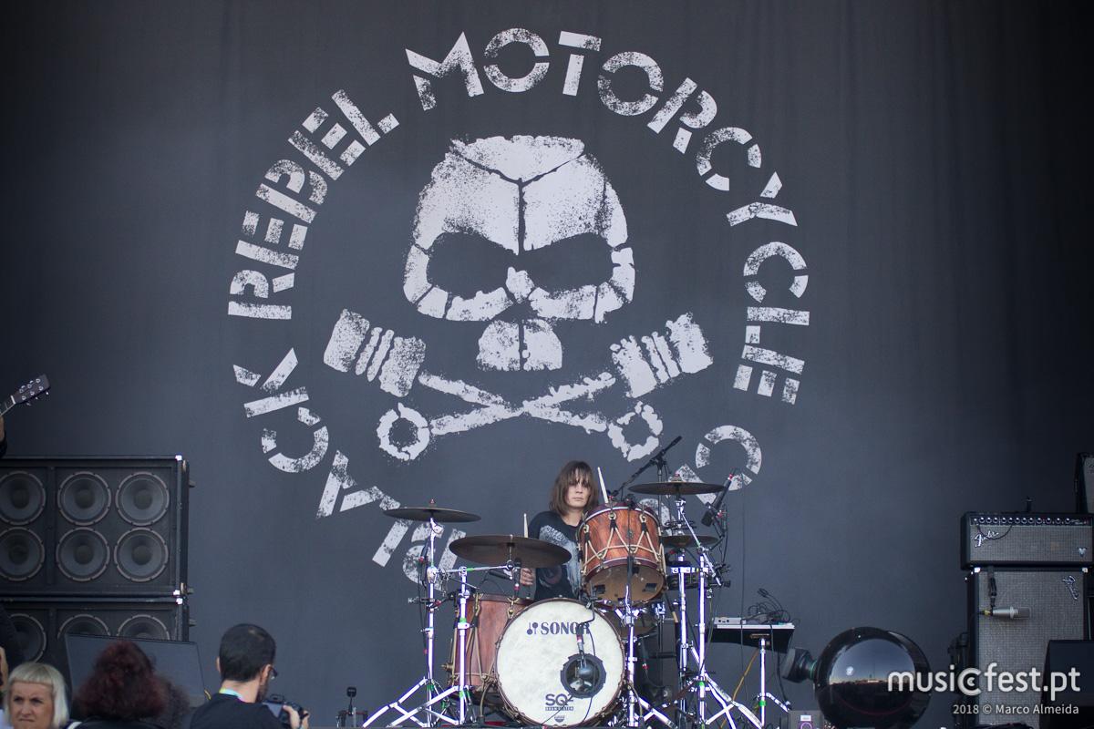 Vê aqui todas as fotos dos Black Rebel Motorcycle Club no NOS Alive