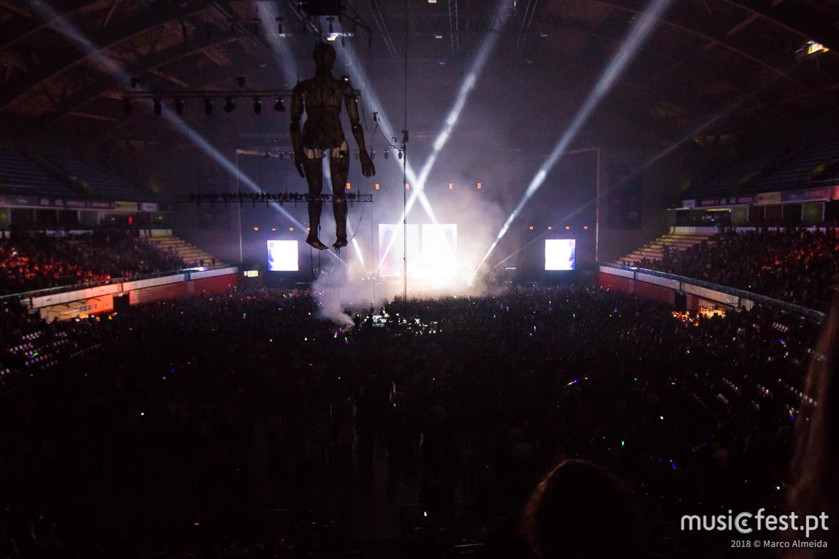 Vê aqui todas as fotos dos xx no Super Bock Super Rock