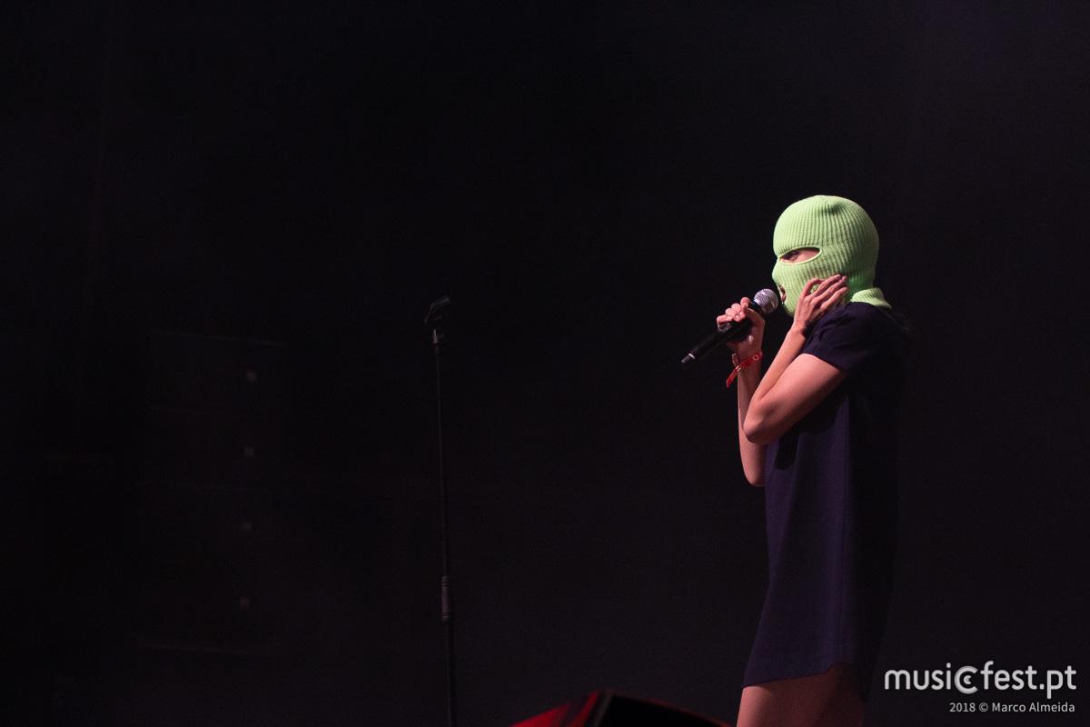 Vê aqui todas as fotos das Pussy Riot no Vodafone Paredes de Coura