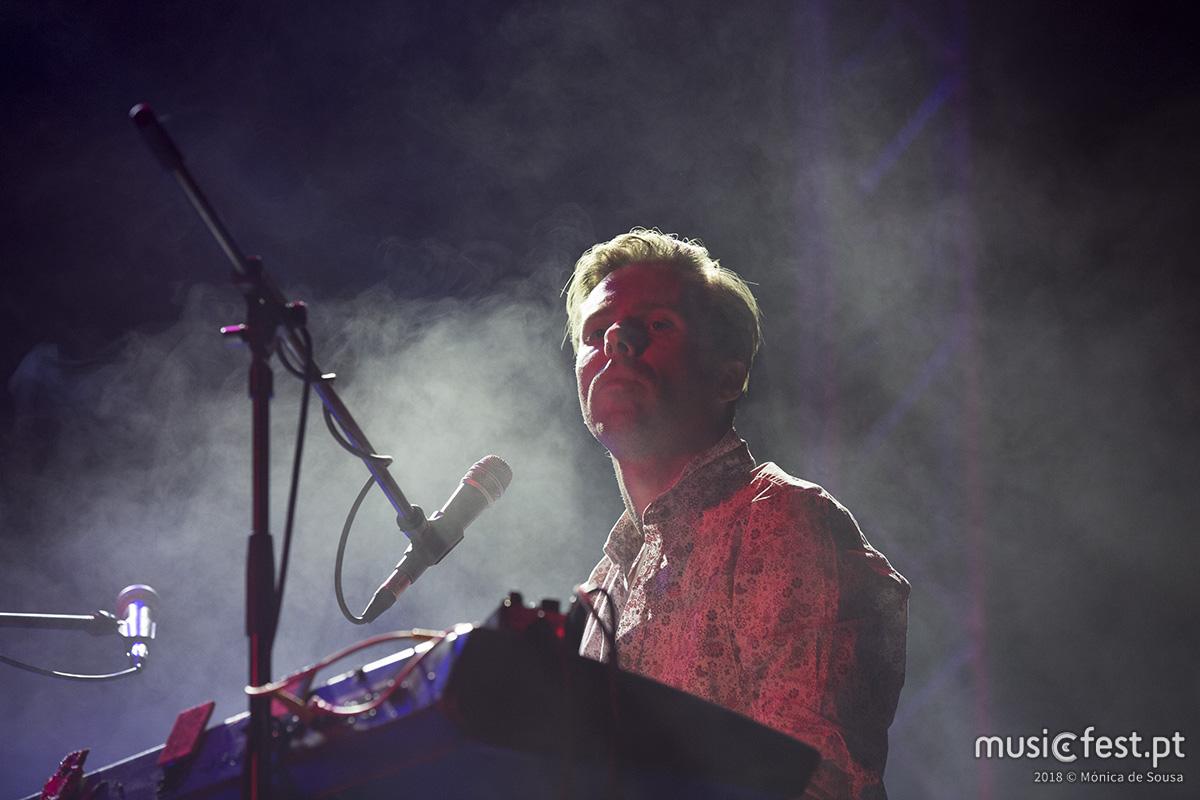 Vê aqui todas as fotos de Sean Riley & The Slowriders no Bons Sons