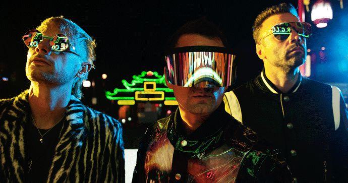 """Muse anunciam digressão mundial """"Simulation Theory"""" com passagem em Portugal"""