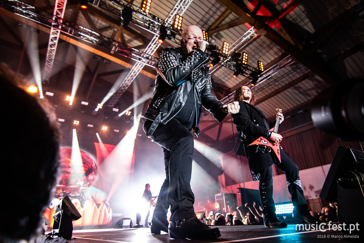 Abóboras com azeite - A reportagem no concerto de Helloween na Sala Tejo