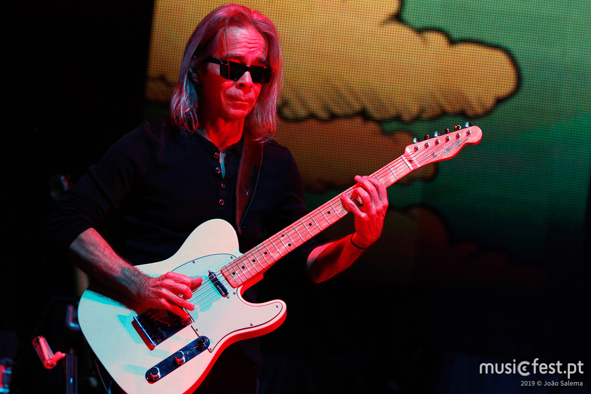 Vê aqui todas as fotos de Dave Matthews Band na Altice Arena
