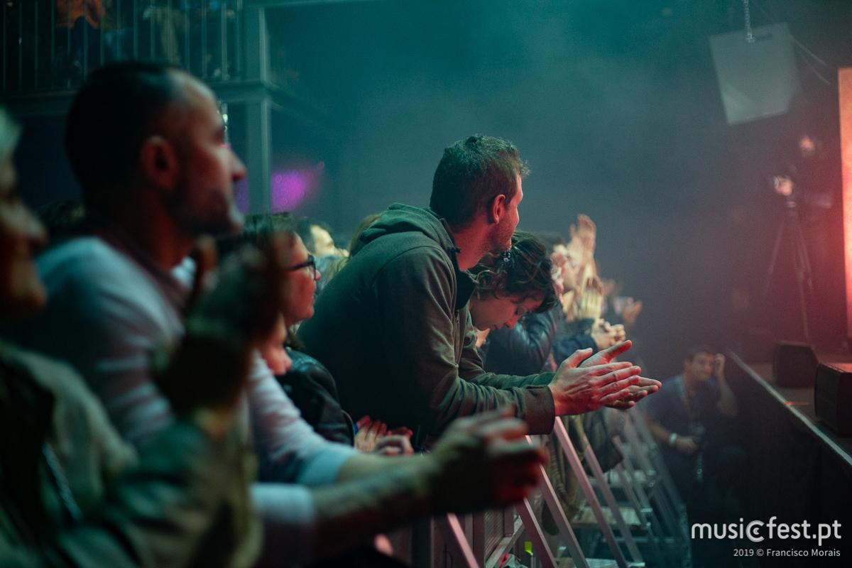 Vê aqui todas as fotos dos Hang Massive no Lisboa ao Vivo