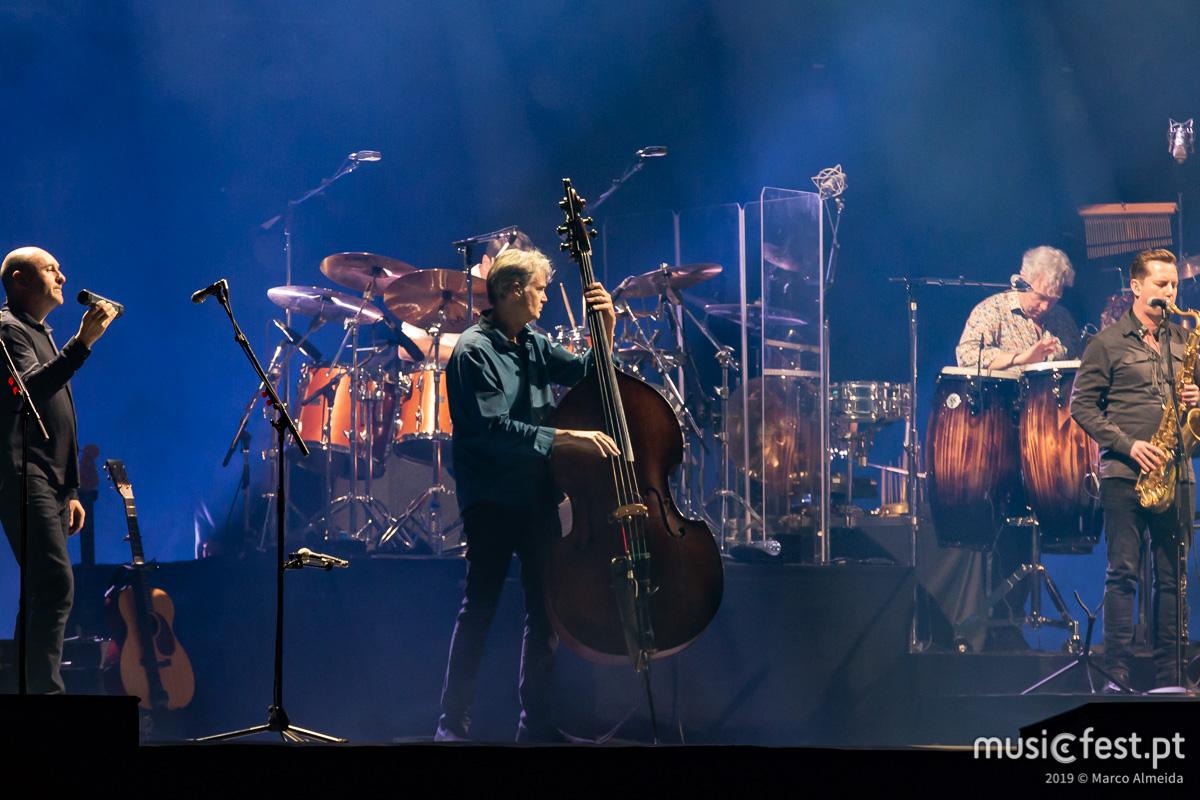 Vê aqui todas as fotos de Mark Knopfler na Altice Arena