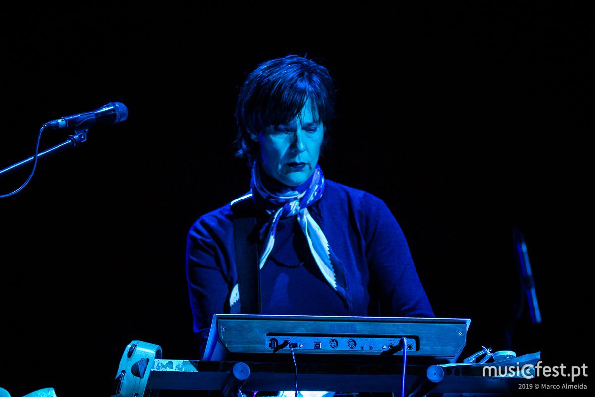 Vê aqui todas as fotos dos Stereolab no NOS Primavera Sound