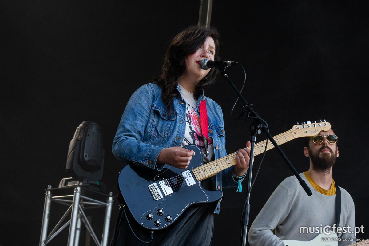 Vê aqui todas as fotos de Lucy Dacus no NOS Primavera Sound