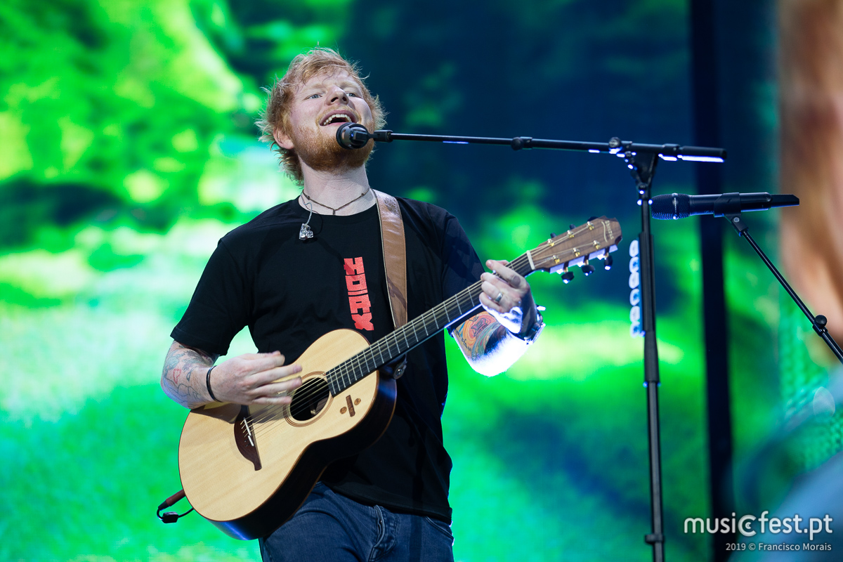 Vê aqui todas as fotos de Ed Sheeran no Estádio da Luz