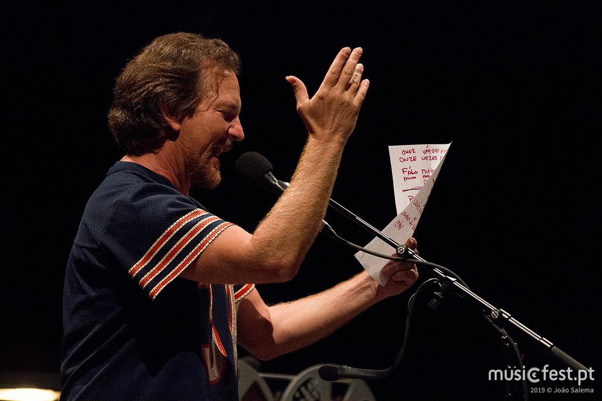 Eddie Vedder, a boa onda que inundou Lisboa
