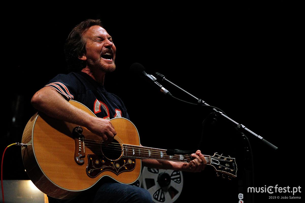 Vê aqui todas as fotos de Eddie Vedder na Altice Arena