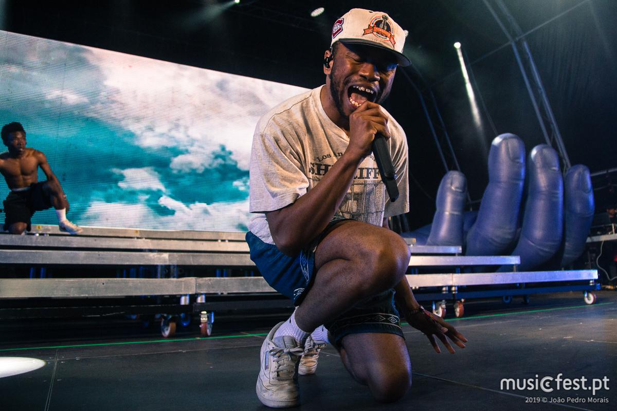 Vê aqui todas as fotos dos BROCKHAMPTON no Sumol Summer Fest