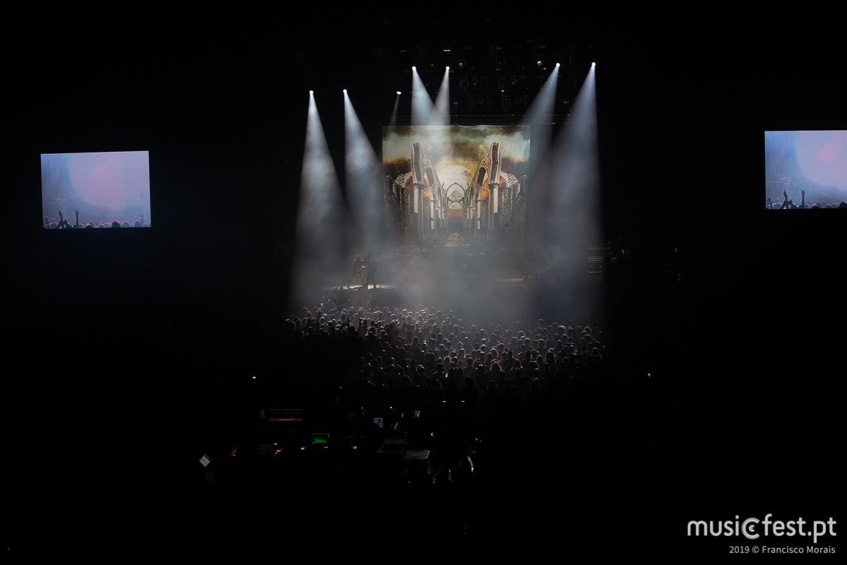 Vê aqui todas as fotos dos Moonspell no VOA 2019