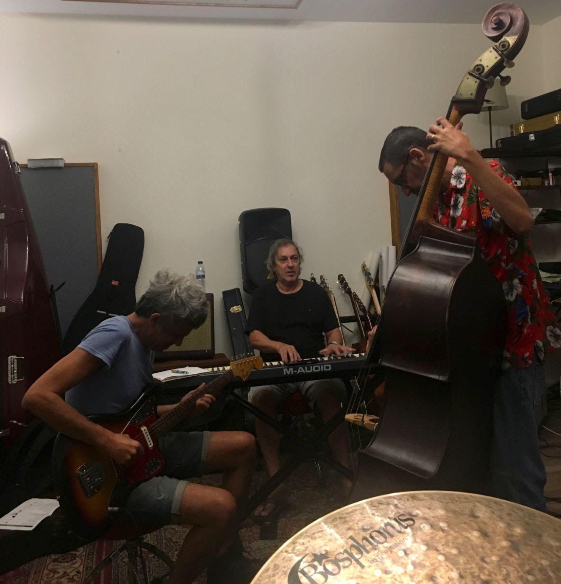 Jorge Palma e Dead Combo a ensaiar um dos dois temas que apresentarão em conjunto, a dia 10 de Agosto, no Douro Rock