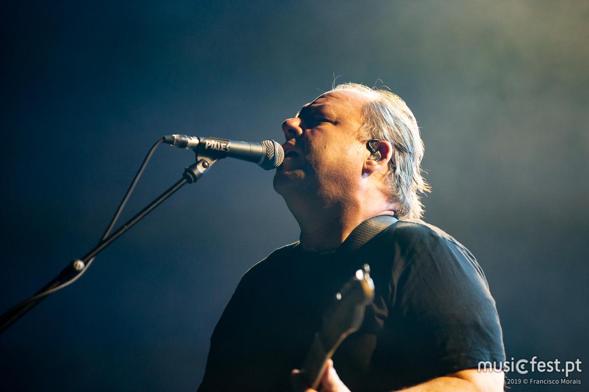 Vê aqui todas as fotos dos Pixies no Campo Pequeno