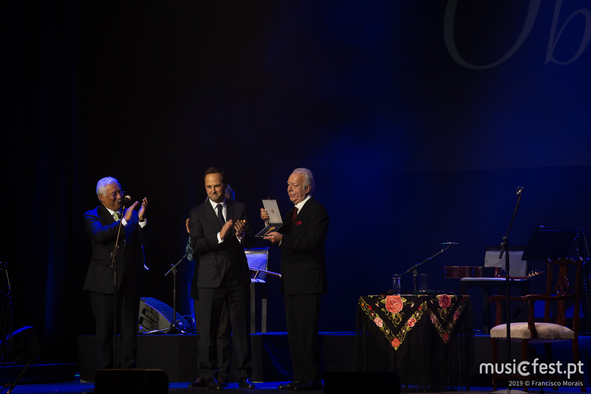 Vê aqui todas as fotos de Carlos do Carmo no Coliseu de Lisboa