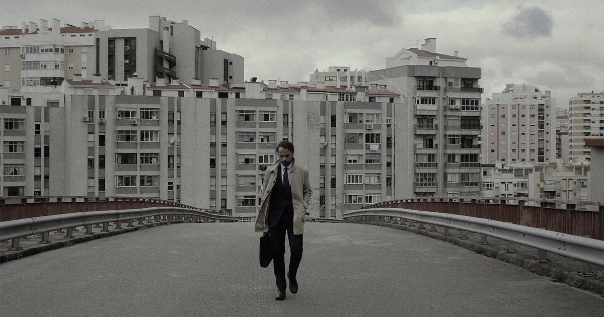"""""""Uma Casa na Praia"""" é a nova música de André Henriques - Vê aqui o video"""