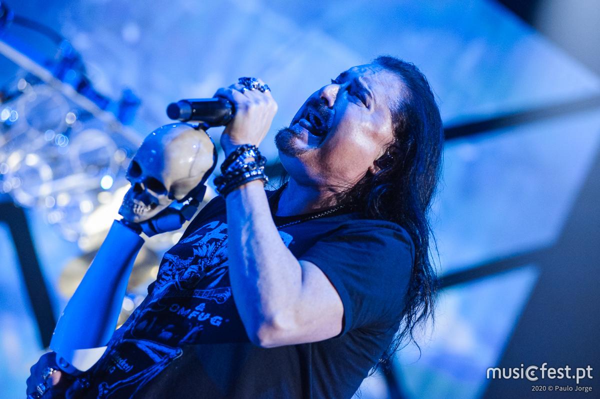 Vê aqui todas as fotos dos Dream Theater no Campo Pequeno
