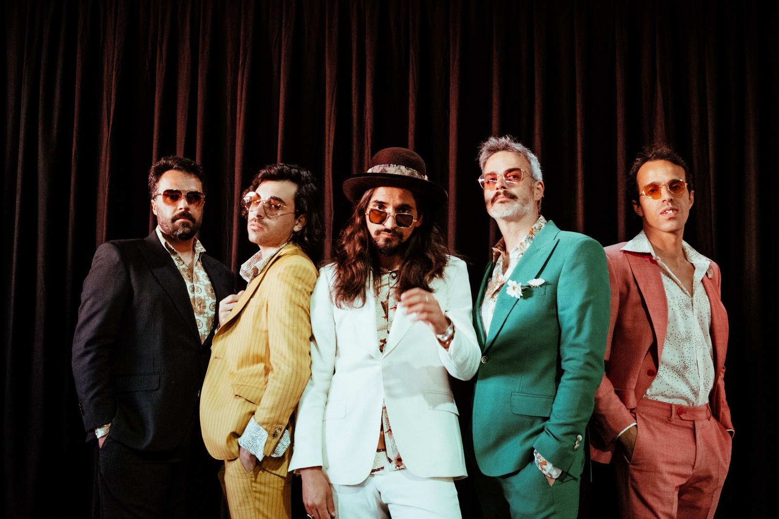 """The Black Mamba são apurados para a final da Eurovisão e lançam novo single """"Crazy Nando"""""""